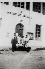 Ernest MICHEL, Léon MICHEL, Julia TARTARAT épouse Léon, Elise TARTARAT soeur Julia, Clément MICHEL, Joseph TARTARAT père de Julia et Elise, Jean COLLIARD époux de Madeleine COLLOMBIER.jpg